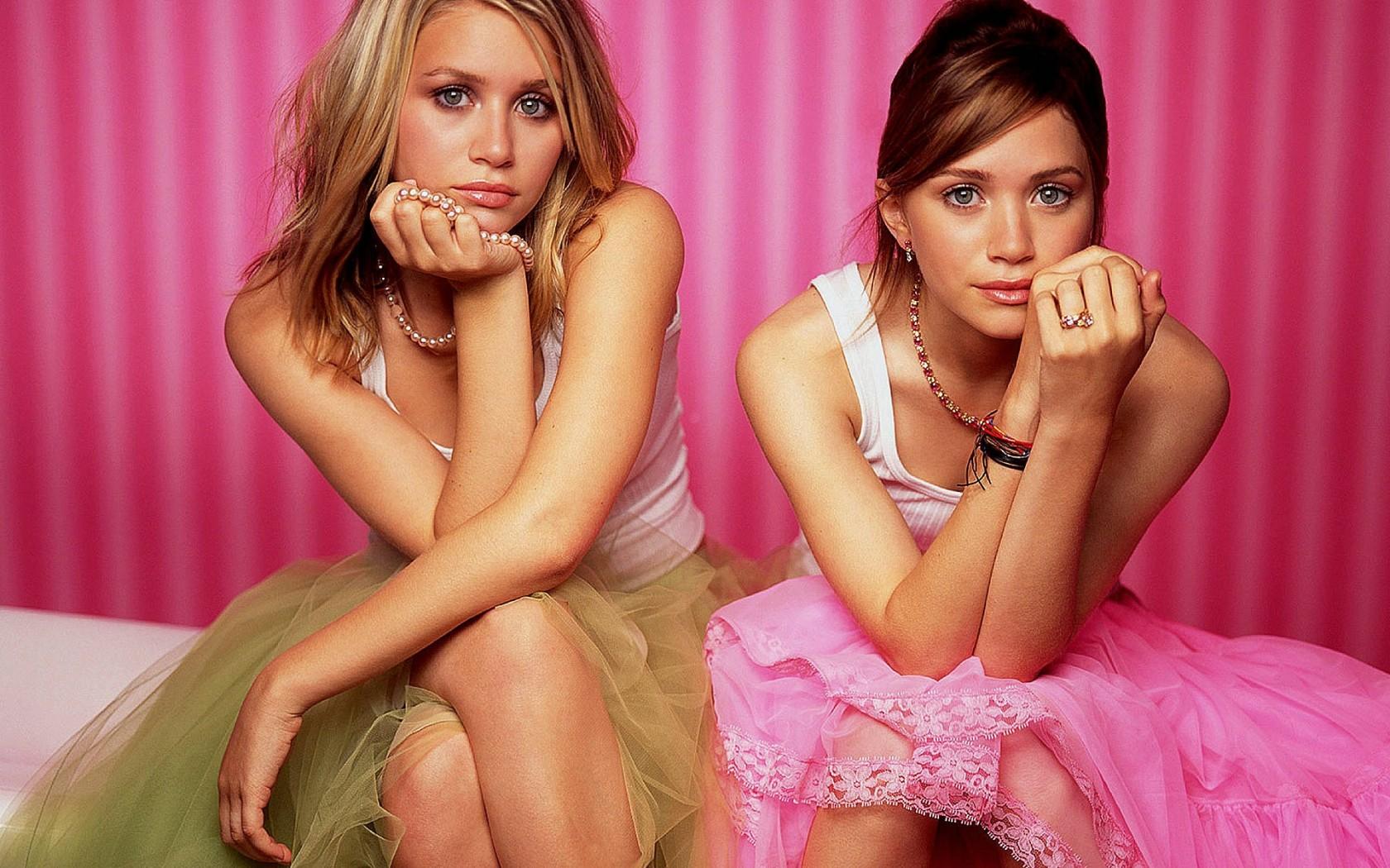 Lesbian twins hentia film